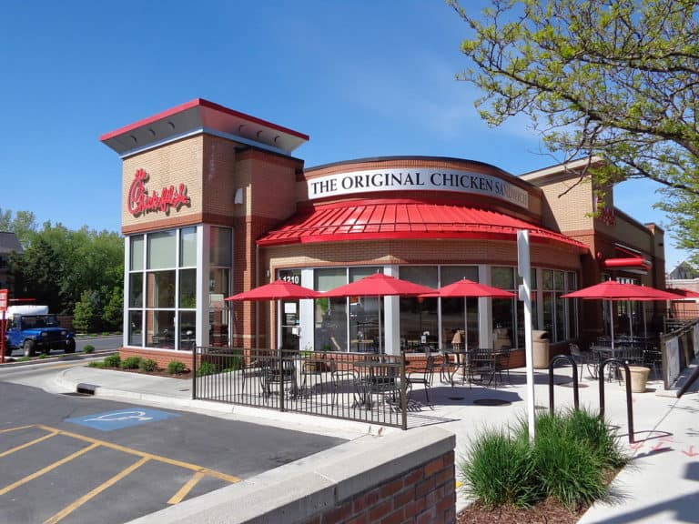 You can either fill out a Chick-fil-A application online or simply walk into the restaurant and apply using a paper application.