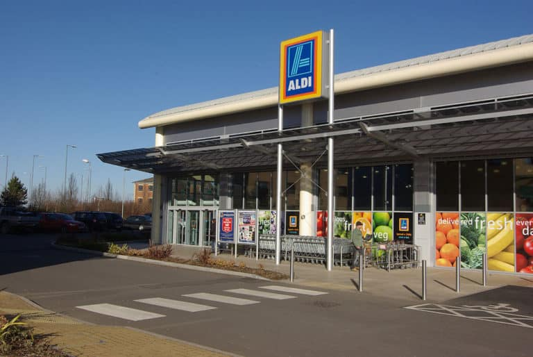 An Aldi job application is a perfect fit for someone who works hard and wants to get paid well.