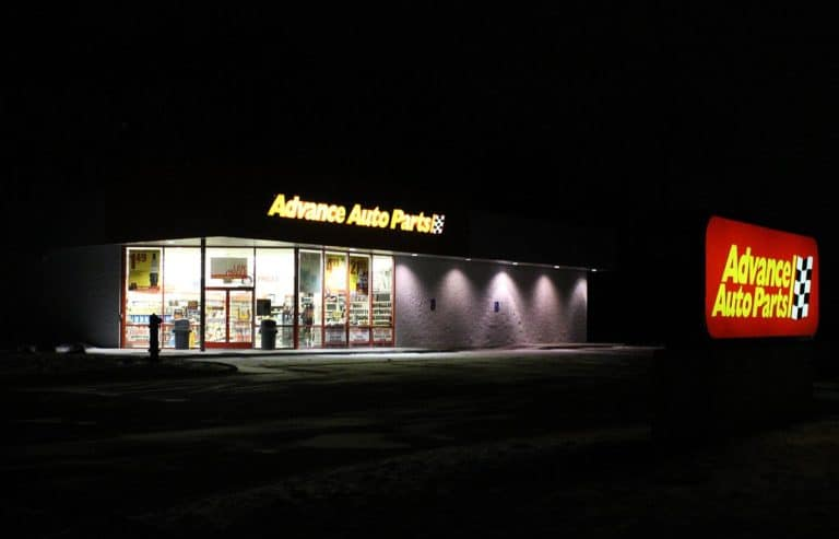 Advance Auto Parts careers are custom-made for people who love automobiles and want to enjoy a successful career in management.