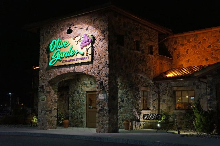 See Olive Garden job application tips to help you get hired quicker.